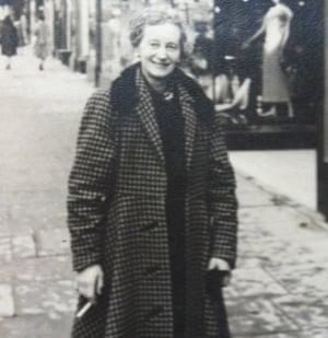 Barrie Jefferies' Aunt Phyllis