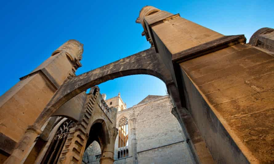 Saint-Just Cathedral, Narbonne.