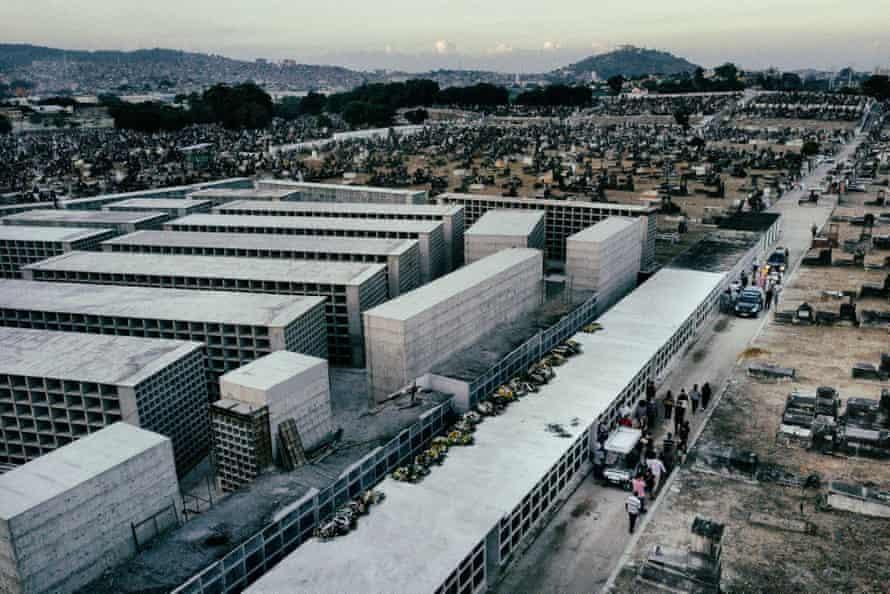 Inhauma cemetery, Rio de Janeiro