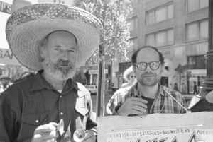 Ferlinghetti, left, with the poet Allen Ginsburg, during a 1971 protest over arrests in Brazil.