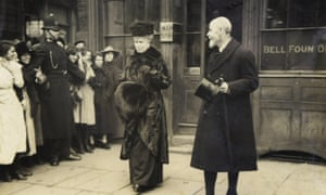 King George V and Queen Mary leave the Whitechapel Bell Foundry in east London.