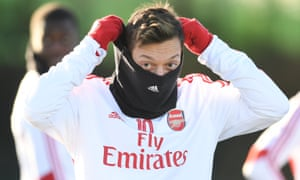 Can you blame sportspeople for staying quiet when they see Mesut Özil bravely raising his head above the parapet only to be shot down by his own club?