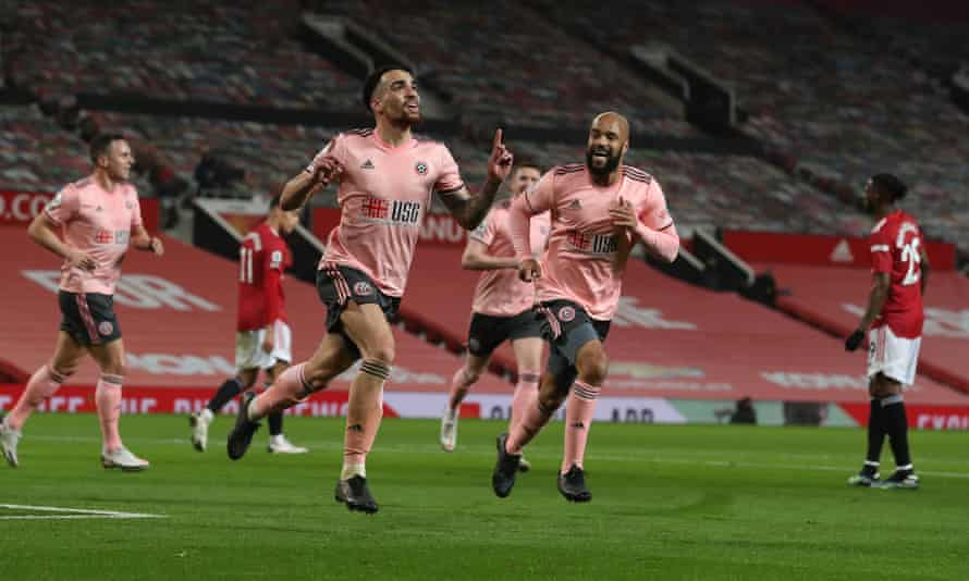 kean bryan, sheffield united'ın açılış golünü atmasının ardından kutlama yapıyor.