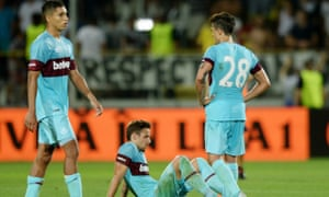 West Ham's players look dejected at the final whistle.