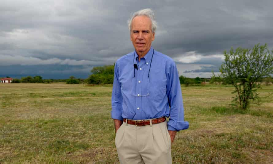 """TO GO WITH AFP STORY US billionaire Douglas Tompkins poses in his property in Ibera, near Carlos Pellegrini in Corrientes Province, Argentina, on November 5, 2009. The founder of the clothing brand North Face, Tompkins, converted into ecology activist and committed to the vastness of the marshes in the heart of the province of Corrientes, the scene of a """"green war"""" with the farmers. AFP PHOTO/DANIEL GARCIA --- MORE PICTURES IN IMAGE FORUM (Photo credit should read DANIEL GARCIA/AFP/Getty Images)"""