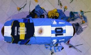 Maradona's funeral chapel<br>epa08843625 Casket of Argentinian soccer legend Diego Armando Maradona placed at a funeral chapel at the Casa Rosada in Buenos Aires, Argentina, 26 November 2020. Maradona has died on 25 November aged 60 following a heart attack.  EPA/JUAN IGNACIO RONCORONI