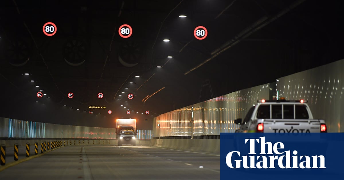 Sydney building above Westconnex tunnel evacuated after cracking – The Guardian