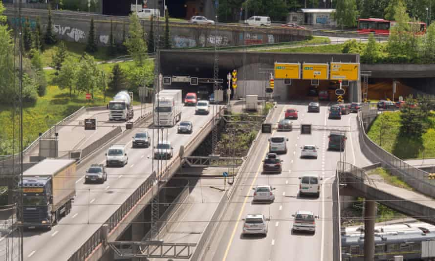 Traffic enters and exits the Ekeberg tunnel, a major intersection in Oslo, Norway.