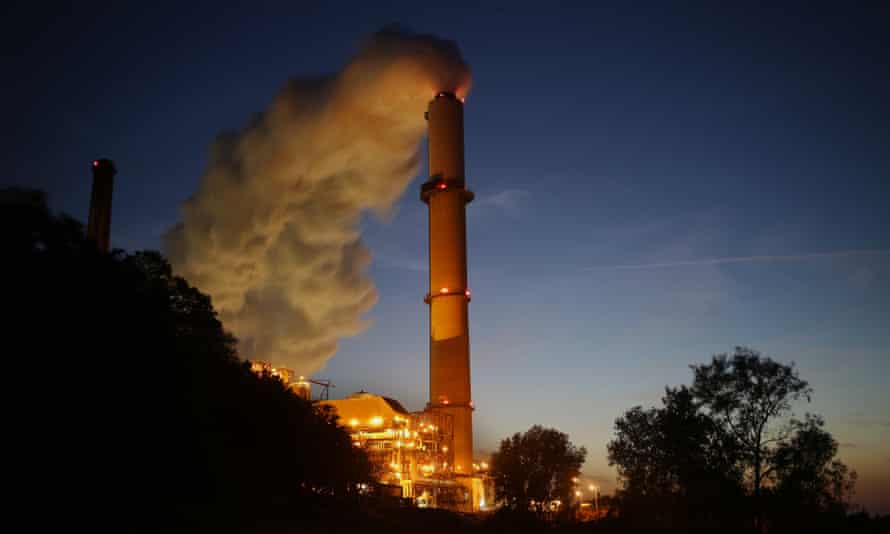The Trump administration is to abandon restrictions on emissions from coal-fired power plants, such as the Bailly generating station in Chesterton, Indiana.