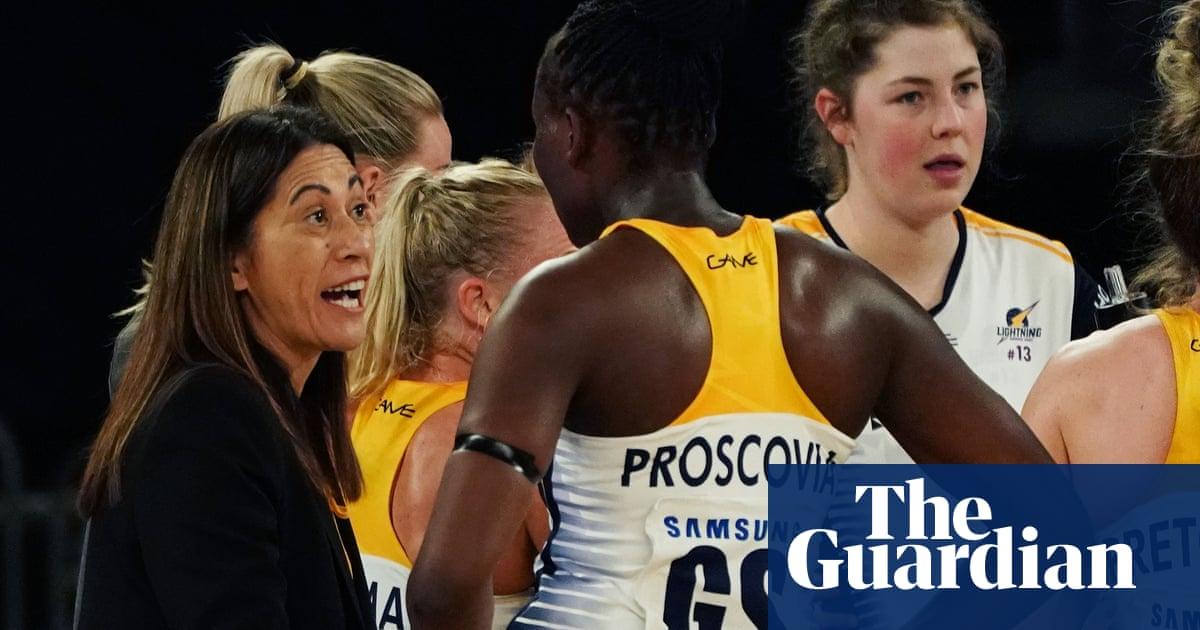 World Cup-winning coach Noeline Taurua to leave Super Netball