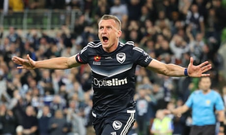 Besart Berisha heads Victory past Roar and into A-League grand final