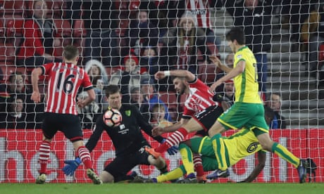 Shane Long leaves it late to end Southampton's frustration against Norwich