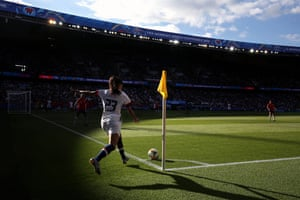 Christen Press of USA takes a corner during a group F match between USA and Chile at Parc des Princes.