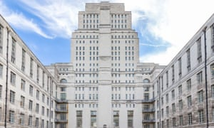 Senate House, which houses the administrative centre of the University of London
