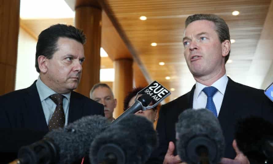 Independent senator Nick Xenophon and the Coalition minister Christopher Pyne