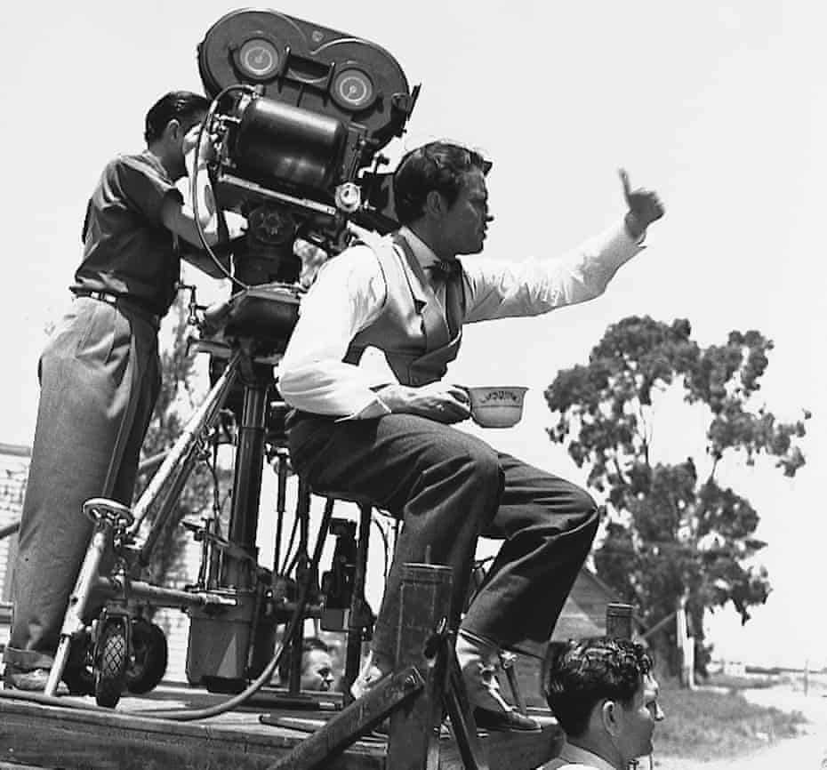 Orson Welles directing Citizen Kane on location in Hollywood, July 1940.