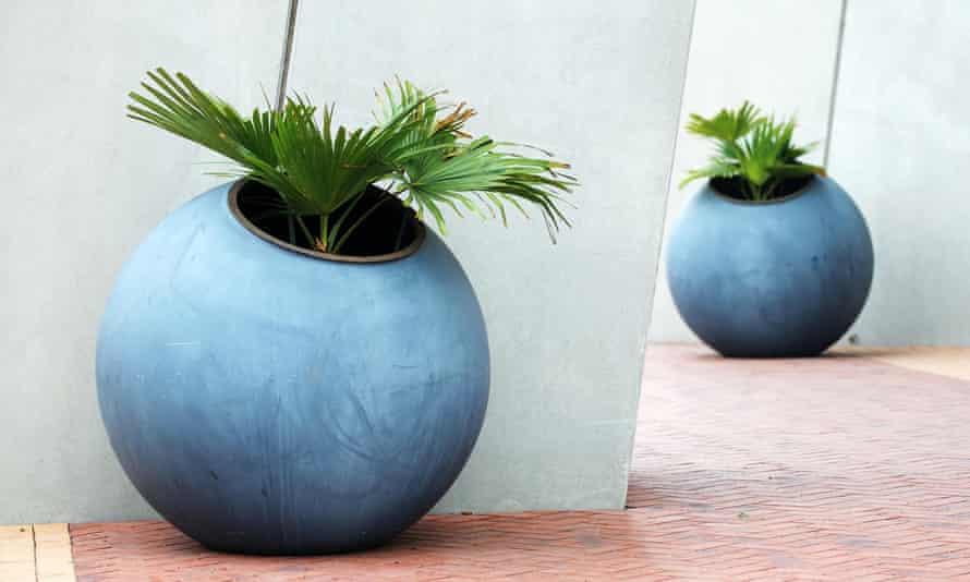 Round, blue planters
