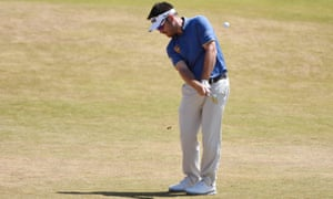 Louis Oosthuizen hits his approach to the 2nd green