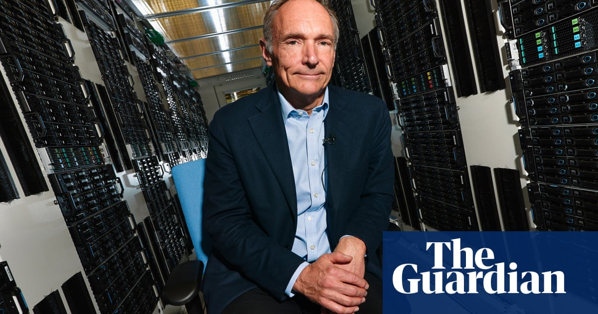 Tim Berners-Lee: 'We need social networks where bad things happen less'