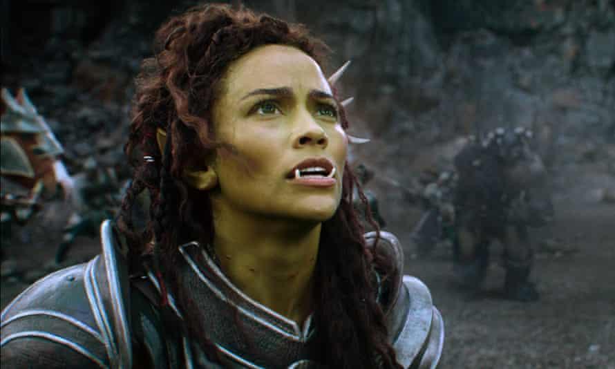 Paula Patton in Warcraft: The Beginning.