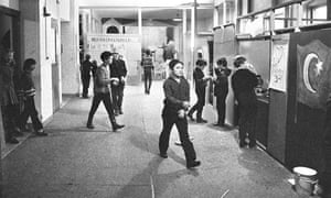 The game recreates a project that ran in Berlin from 1969-72 in which kids created a small model city and operated mock shops, school spaces and civic institutions.