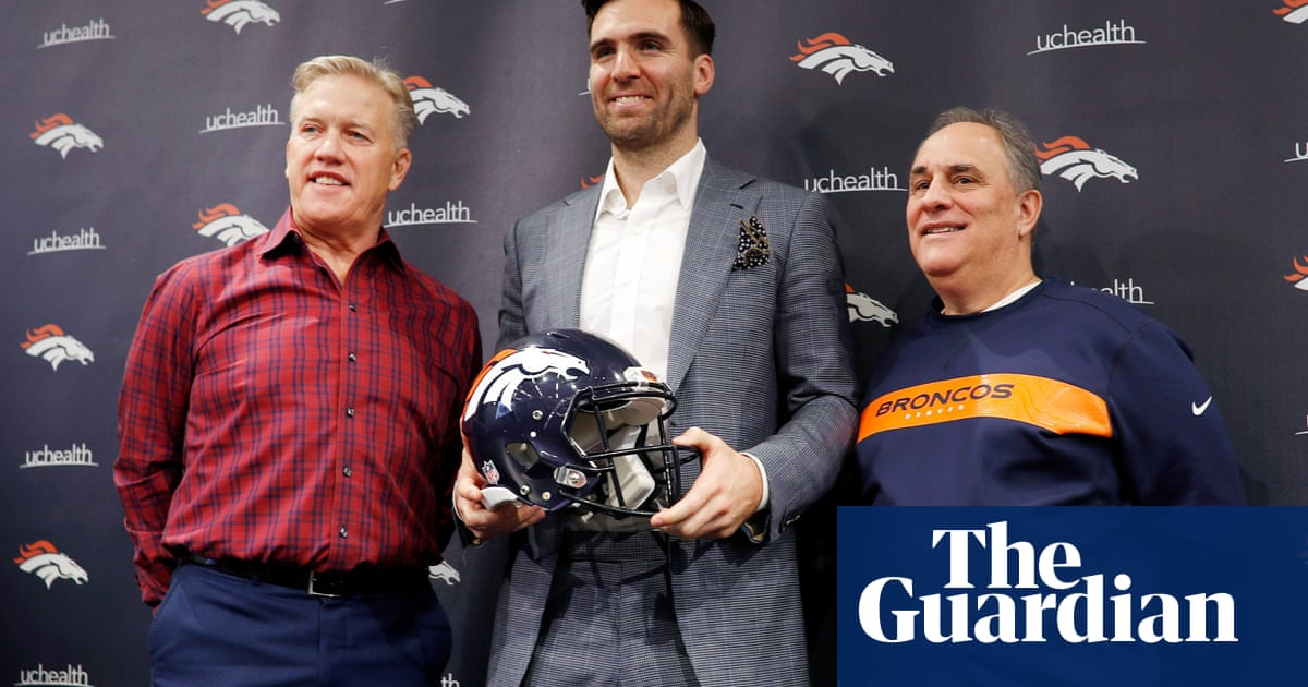 John Elway is a Hall of Fame quarterback, so why cant he pick one?