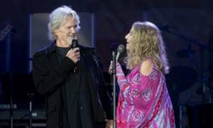Streisand and Kris Kristofferson in Hyde Park.