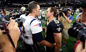 Tom Brady and Drew Brees chat to each other after a Patriots-Saints game in 2017
