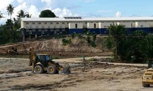 The West Lorengau refugee centre is still being built despite assurances that it is habitable