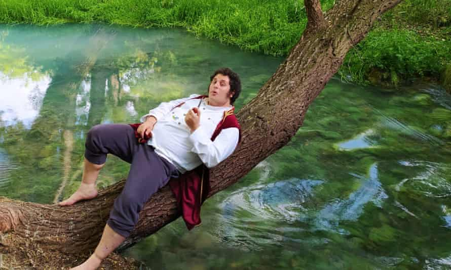 Gentile takes a rest on a tree trunk