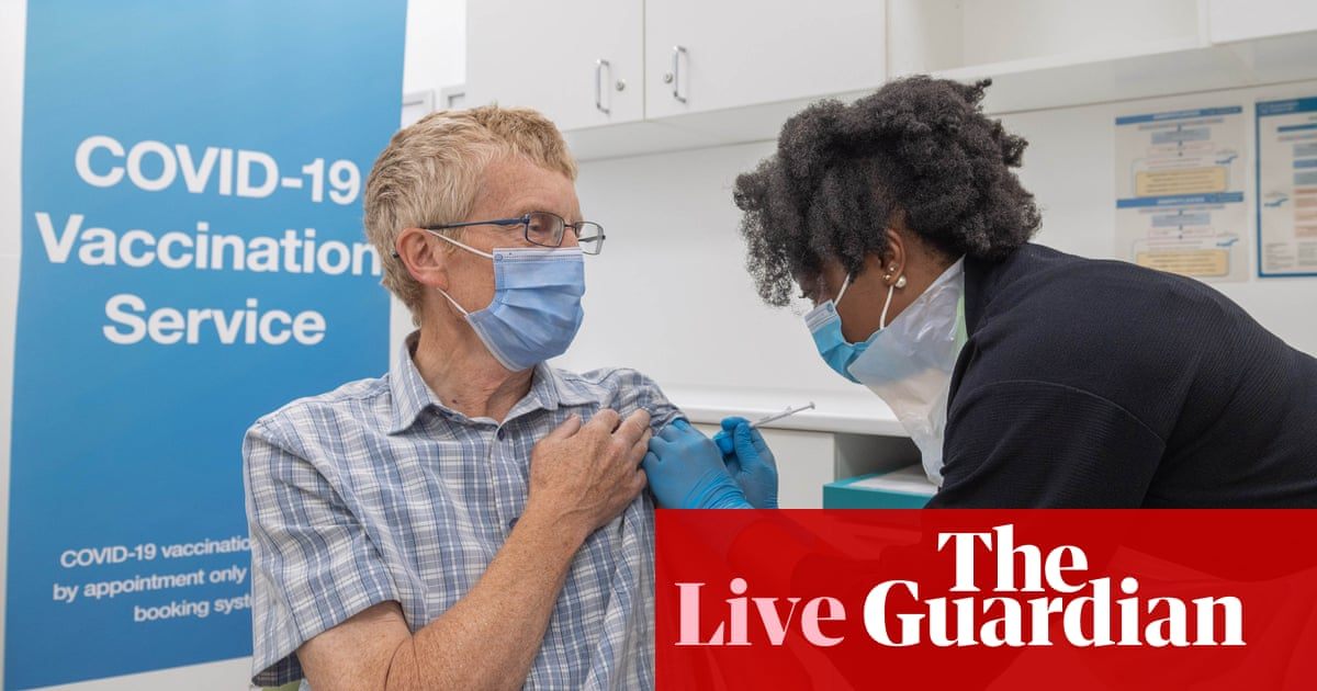 Coronavirus live: UK booster shot rollout for vulnerable a 'chaotic failure'; Covid pass now mandatory for all workers in Italy