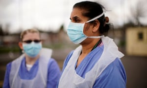 NHS nurses in masks