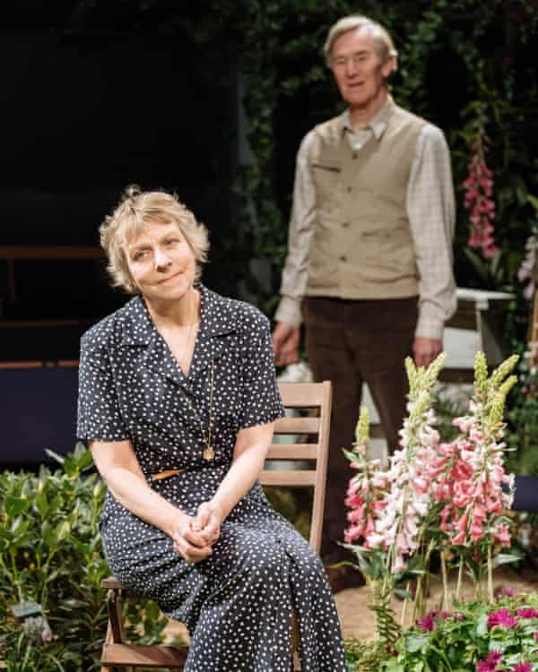 Selina Cadell and Christopher Ravenscroft in Humble Boy