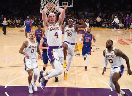 Alex Caruso has become known for his dunk