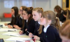 Bursaries failing to solve teacher retention crisis, says