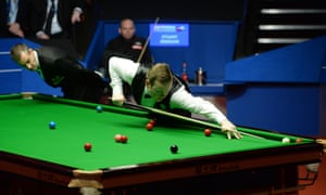 Shaun Murphy in an epic final match against Stuart Bingham with referee Olivier Marteel maintaining his concentration too