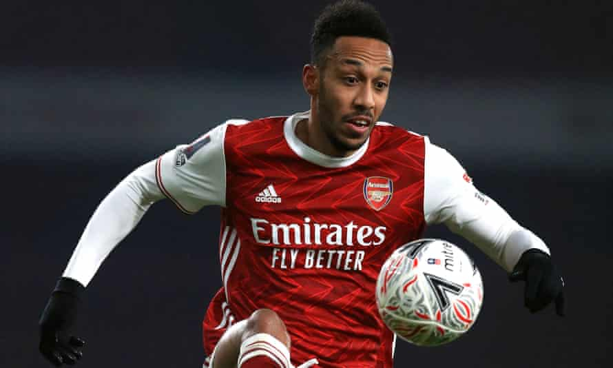Arsenal's Pierre-Emerick Aubameyang was videoed getting a new tattoo on his hand