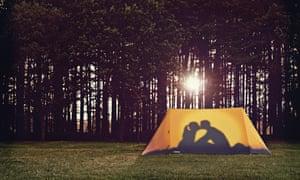 Couple kissing tent design