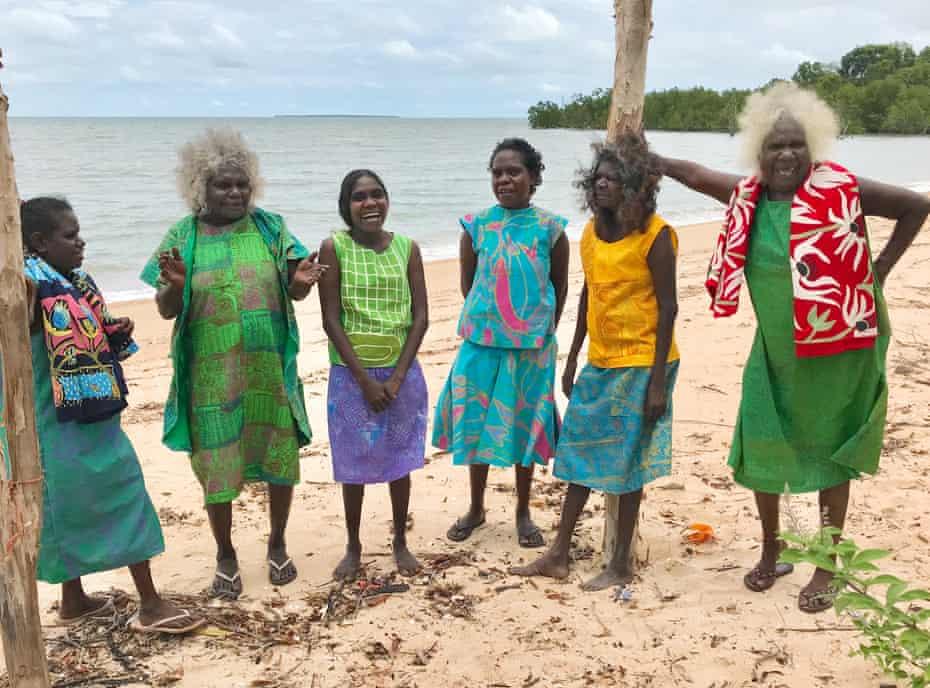 Bábbarra women from Maningrida