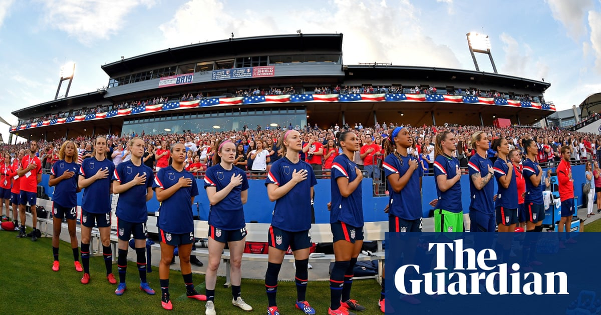 US Soccer ends no-kneel policy then condemns delegate who downplayed slavery