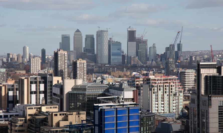London skyline looking towards the financial district of Canary Wharf