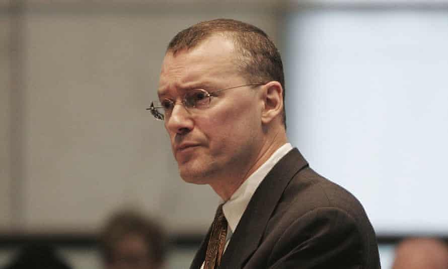 David Buckel makes arguments in favor of gay marriage in New Jersey, in 2006.