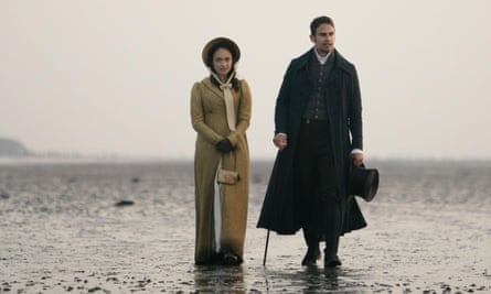 Charlotte Heywood (Rose Williams and Sidney Parker (Theo James) in ITV's Sanditon.