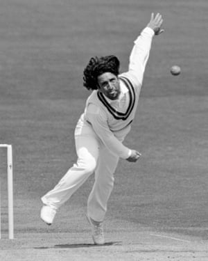Abdul Qadir bowling for Pakistan during the third Test against England at Headingley in 1987.