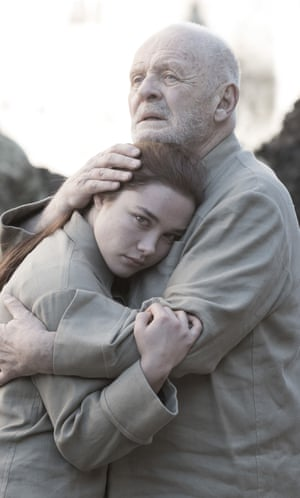 Florence Pugh and Anthony Hopkins in King Lear.