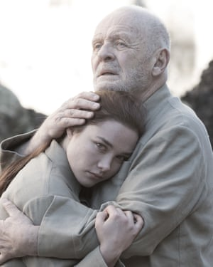 King Lear: Sir Anthony Hopkins and Florence Pugh.