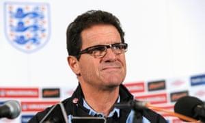 Fabio Capello a menudo luchaba por hacerse entender en las conferencias de prensa de Inglaterra.