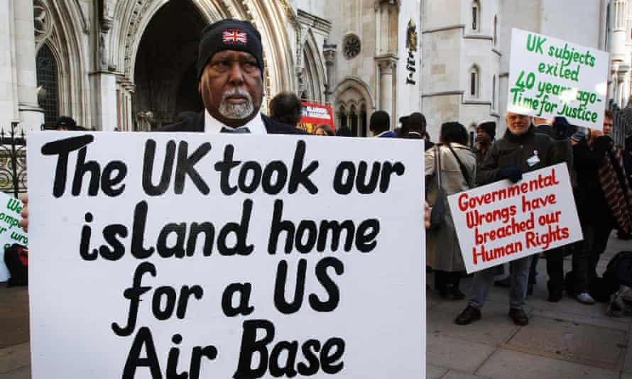 Chagos islanders outside the High Court, London in 2017