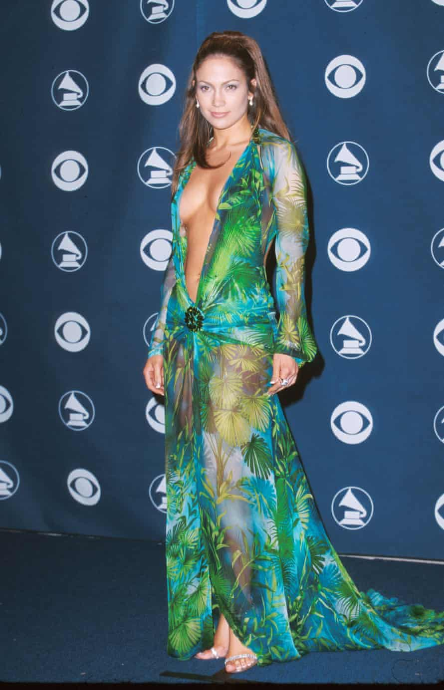 J Lo at the Grammys in 2000