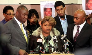 Cleveland agrees to pay Tamir Rice family $6m over police